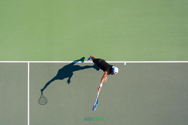service tennis en drone